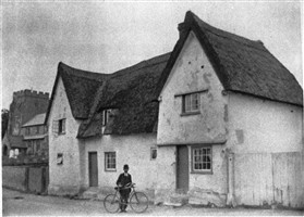 Photo:The Town House in 1902
